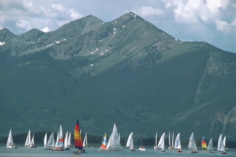 Sailing2-brochure
